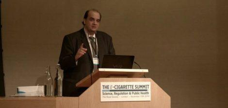 fars 470x222 - Ο Έλληνας ερευνητής που ηγείται διεθνώς των επιστημονικών πορισμάτων για το ηλεκτρονικό τσιγάρο